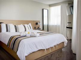 Casa Grande Suites, hotel en La Paz