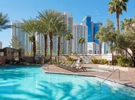 Hilton Grand Vacations on Paradise - Convention Center, hotel near Adventuredome at Circus Circus, Las Vegas