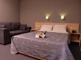 Mediterranee, hotel in Patra
