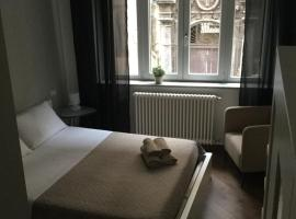 Maqueda Suiterooms, hotel near Palermo Archeological Museum, Palermo
