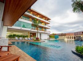 Aqua Resort Phuket, hotel near Chalong Pier, Rawai Beach