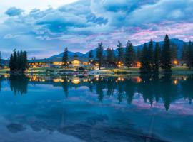 Fairmont Jasper Park Lodge, hotel in Jasper