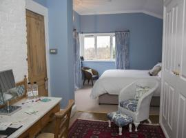 Holly Tree House, hotel in Cowes