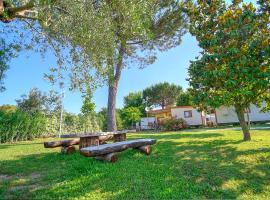 Flaminio Village Bungalow Park, campground in Rome