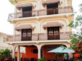 Windjammer International Cuisine & Comfort Inn, hotel in Georgetown