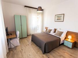 Hotel Antagos, hotell i Montesilvano