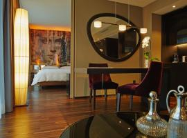 Savoy Hotel, hotel near Cologne Central Station, Cologne