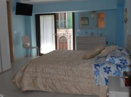 Dietro Piazza Maggiore, bed & breakfast a Sulmona