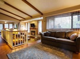Coles Bay Vacation Retreat, hotel near Victoria International Airport - YYJ,