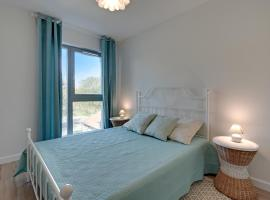 TriApart Deluxe Przy Plaży (Beach Apartment), hotel near Westerplatte, Gdańsk