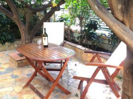 Magnolia Residence, accommodation in Mytilini