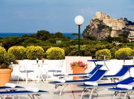 Hotel Bellevue Benessere & Relax, hotel in zona Spiaggia di Cartaromana, Ischia