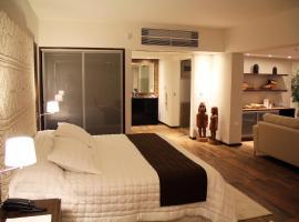 Resort Yacht Y Golf Club Paraguayo, מלון באסונסיון