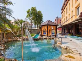 The Loft Seaside Suites, hotel in Jinshan