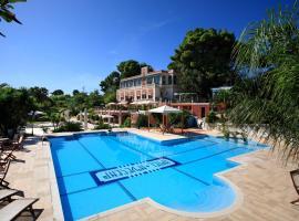 Hotel Park Novecento Resort, hotell i Ostuni