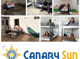 Canary Sun Hostel, hostel in Telde