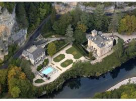 Chateau De La Caze, hotel near Aven Armand Cave, Sainte-Énimie