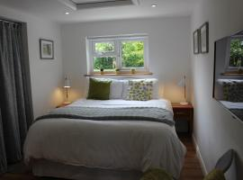 Collis Annexe, hotel near The Orchard Centre, Didcot