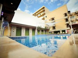 Villa Caceres Hotel, hotel in Naga
