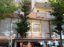 Hotel Pecci, hotell nära Federico Fellinis internationella flygplats - RMI, Rimini