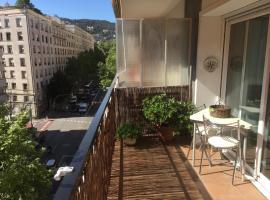 Apkeys Barcino Balmes, hotel in Barcelona