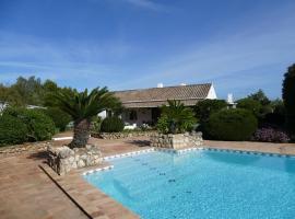 Quinta Falzina, hotel near Espiche Golf Course, Luz