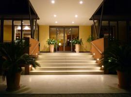 Hotel Gambrinus, hotel poblíž významného místa Torino Square, Lido di Jesolo