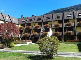 Centro Pineta Family Hotel & Wellness, hotel in Pinzolo