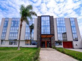 Hotel Hacienda Lima Norte, hotel with pools in Lima
