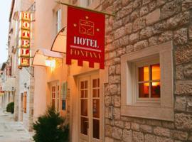 Hotel Villa Fontana, hotel near Trogir Green Market, Trogir