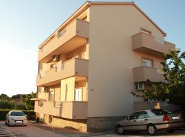 Apartment Lucy Zadar, apartment in Zadar