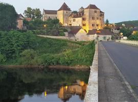La Terrasse - Les Collectionneurs, hôtel à Meyronne