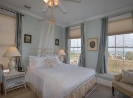 Shorecrest Bed and Breakfast, beach hotel in Southold
