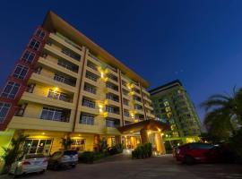 Carpediem Hotel, hotel in Rayong