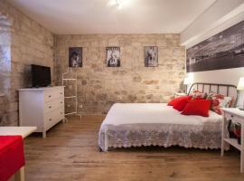Apartment & Room Ursa, apartment in Trogir