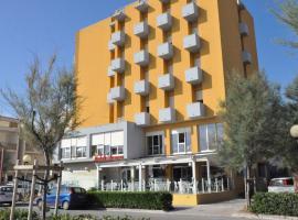 Hotel Sirena, hotell i Senigallia