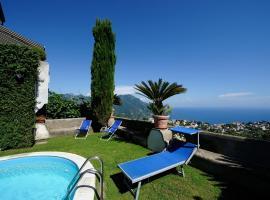 Scala apt Bellavista with pool, budget hotel in Scala