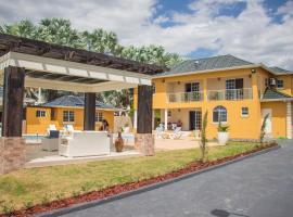 Sweet Escape ~ The Villa, accessible hotel in Black River