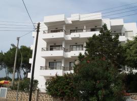 Apartamentos Mar Bella, apartment in Es Cana