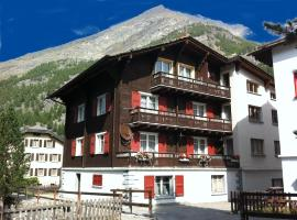 Apartment Enzian, hotel in Saas-Almagell