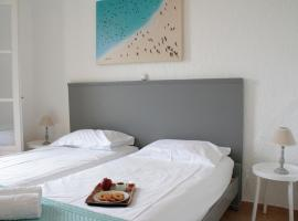 Pella Apartments, hotel in Istro
