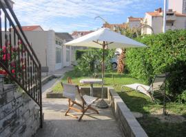 Garden apartman Split, hotel in Split