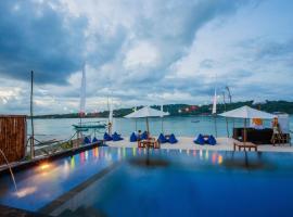 The Kubu221 Ceningan, hotel near Angel's Billabong, Nusa Lembongan