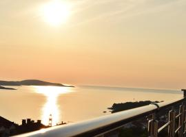 Apartments Pera, self catering accommodation in Hvar