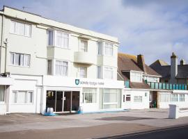 The Claremont Hotel-Adult Only, hotel in Polperro