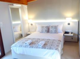 Athos Guest House Pansion, guest house in Ouranoupoli