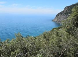 Corner of Paradise near Cinque Terre, hotel conveniente a Framura