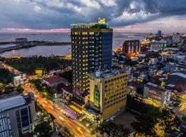Arthama Hotels Makassar, hotel dekat Pantai Losari, Makassar