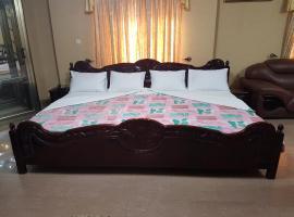 Hotel Saint Manick, hotel in Lomé