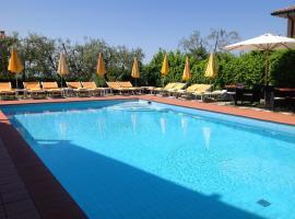 Hotel Villa Ca' Nova ***S, hotel near Baia delle Sirene Park, Garda